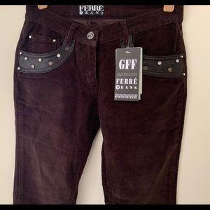 NWT SZ 26 GFF Ferre Jeans Brown  Fine Corduroy